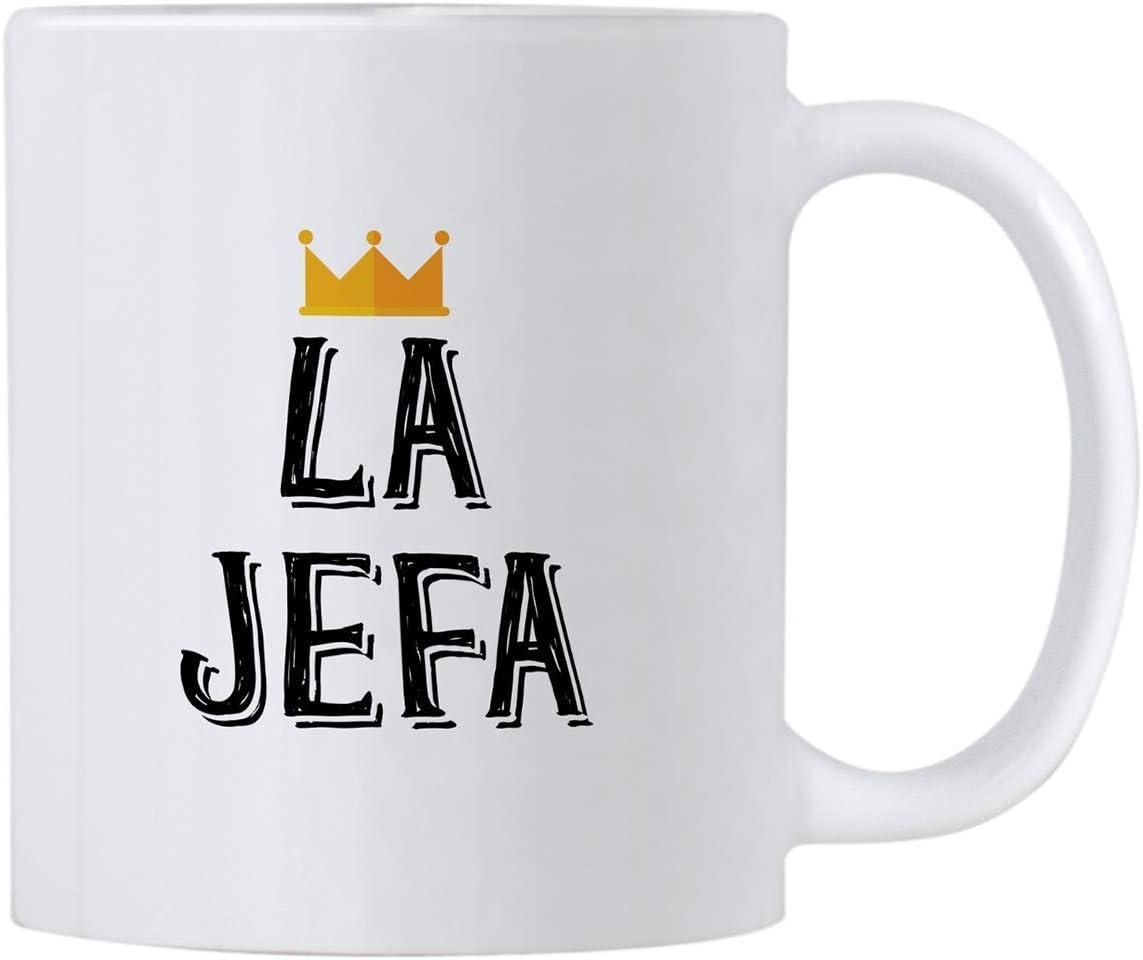 La Jefa Coffee 11 oz Mug. Idea de Regalo para CEO, Boss o Mom. Esta Copa Girl Leader se Puede Utilizar como portalápices. Regalos para Mujeres Latinas.