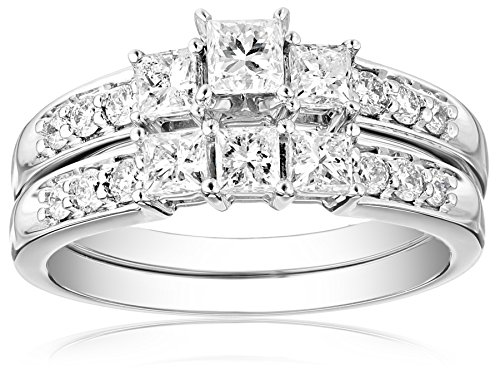 Certified Princess Cut Diamond Three Stone Clarity product image