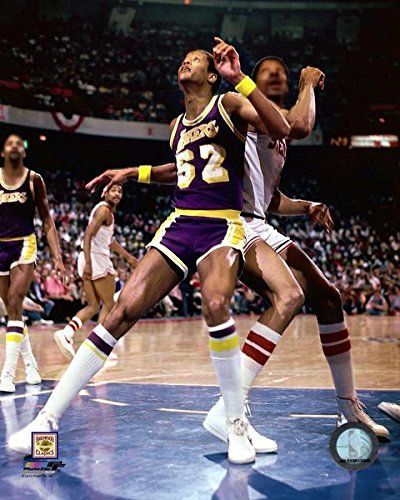 9682e679428 Amazon.com: Jamaal Wilkes Los Angeles Lakers NBA Action Photo (Size ...