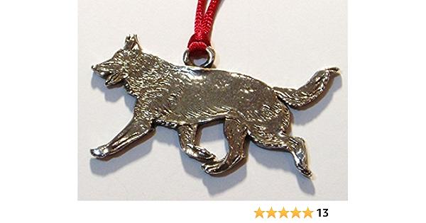 Chesapeake Bay Retriever Fine Pewter Dog Breed Ornament