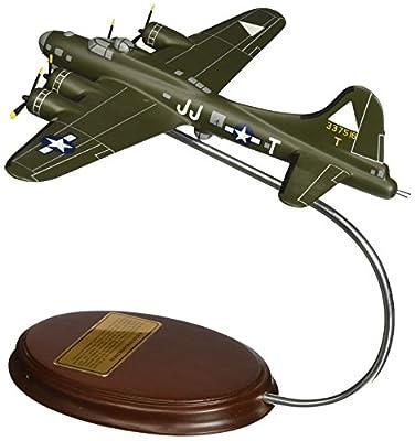 "Mastercraft Collection B-17 Flying Fortress ""Tondalayo"" Model Scale:1/103"