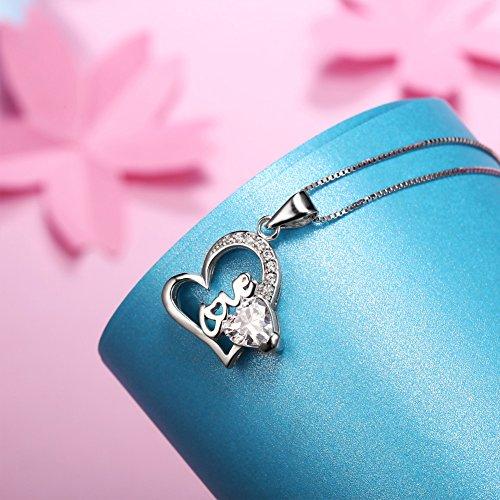 Murtoo Collier en Argent 925/1000 Forme Le Coeur pour les Femme- Cadeau Idée Pour vos amis Ou Bien-aimé - Le Cristal De SWAROVSKI- Le Cadeau En Les Fête Pour Fille et Femme