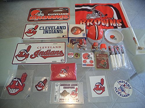 (INDIANS BROWNS VINTAGE NOVELTY COLLECTION FLAG ASHTRAY ETC RETAIL VALUE 139.99)