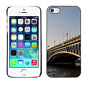Exotic-Star ( Architecture London Bridge ) Fundas Cover Cubre Hard Case Cover para Apple iPhone 5 / 5S