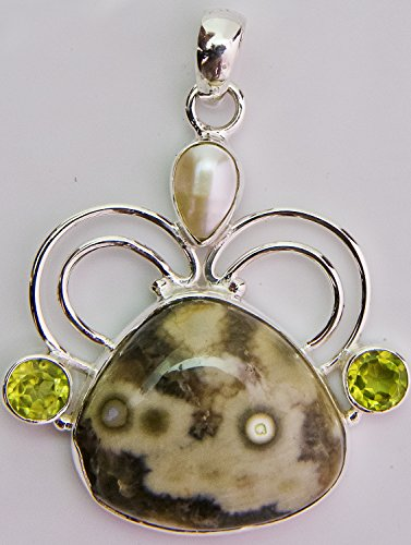 - Agate Pendant with Cultured Pearl and Peridot - Sterling Silver
