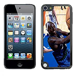 iKiki Tech / Estuche rígido - Jugador de baloncesto - Apple iPod Touch 5