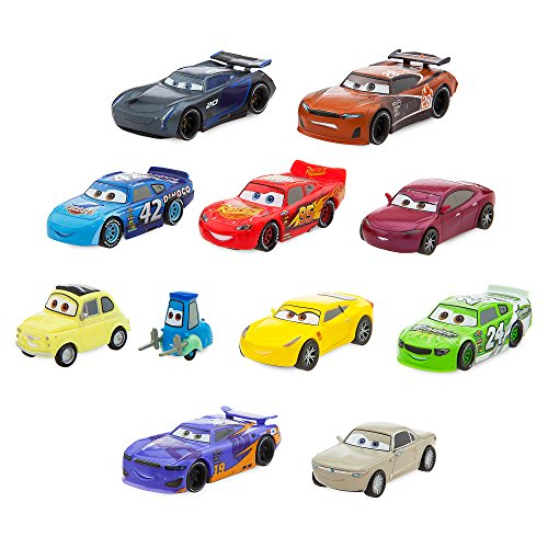 Disney Cars Deluxe Figure Play Set ()