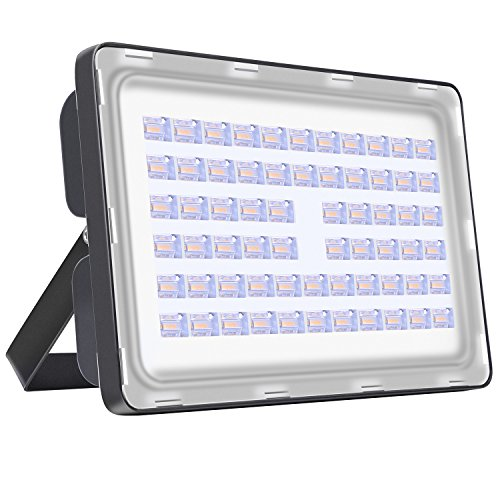 Viugreum 200W LED Flood Light Outdoor, Thinner and Lighter Design, Waterproof IP65, 20000LM Warm White (2800-3000K), Super Bright Security Factory Warehouse Lights for Billboard, Garage, Garden, Yard