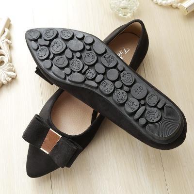 &qq Zapatos rojos nupciales, plano con los zapatos de la boda, zapatos del ladle zapatos del ante del lado del arco 43