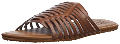3e78effa7 BILLABONG Women s Tread Lightly Flat Sandal  Amazon.co.uk  Shoes   Bags