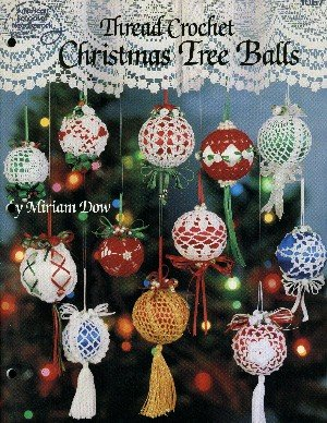 (Thread crochet Christmas tree balls)