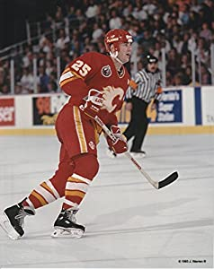Joe Nieuwendyk Calgary Flames Unsigned Hockey Photo