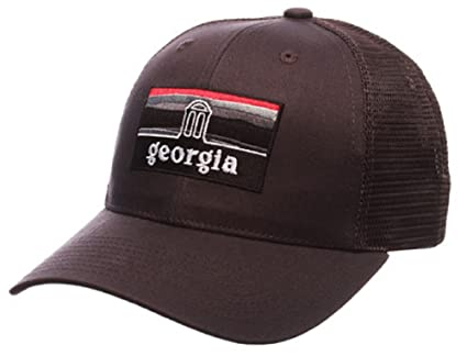 Amazon.com   University of Georgia Bulldogs UGA Landmark Grey Zephyr ... 822816e5a323