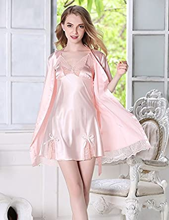 4b5912c2cf Image Unavailable. Image not available for. Color  MH-RITA Silk Pajamas Silk  Nightgown Sling Two Female Summer Bud Silk Short Sleeved Suit