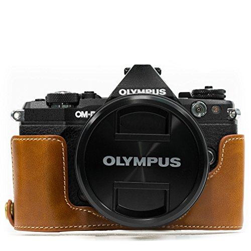 MegaGear Olympus OM-D E-M5 Mark II Ever Ready Leather Camera Half Case and Strap, with Battery Access - Light Brown - MG968