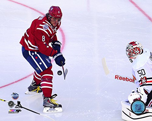 Alexander Ovechkin on ice - NHL 2015 Winter Classic 8x10 Photo (Washington Capitols)