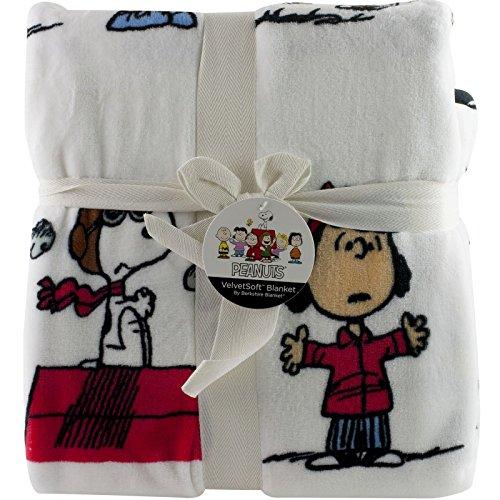 """Berkshire Peanuts Snoopy Fleece Throw Full Queen Blanket 90"""""""