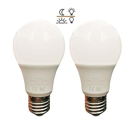 Lámpara de sensor de luz Bombilla de luz LED Lámpara inteligente Bombilla de sensor de 5 vatios Blanco cálido con ...