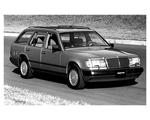 - 1988 Mercedes Benz 300TE Station Wagon Photo Poster