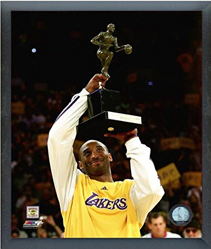 Kobe Bryant 2008 MVP Trophy Los Angeles Lakers Action Photo (Size: 12
