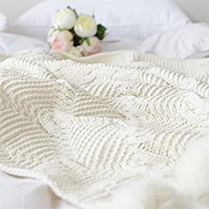 RONGT Pompom Fringe Throw Blanket, Super Soft Acrylic Chenille Crochet Cover Blanket for Kids or Adults Bedroom Sofa/Bed/Couch/Car/Living Room Quilt/Office Cream