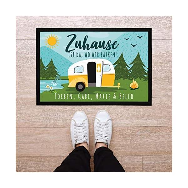 517ZNEQX6cL SpecialMe Fußmatte Familie personalisiert mit Namen Zuhause ist da wo wir parken Camping Wohnwagen rutschfest & waschbar…