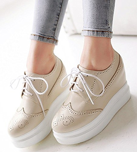 IDIFU Womens Fashion Lace Up Flat Oxfords Low Top Heighten Platform Sneakers With Heels Beige Rp2KMyw