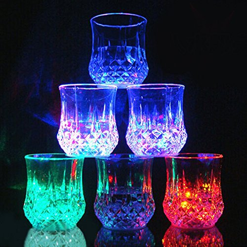 DiDaDi Led Light Up Glasses, Automatic Water Activated Colorful Flashing Blinking Beer Wine Whisky Vodka Martini Drinkware Glow Glasses Mugs for Bar Club Christmas Night Party (Flashing Beer Mug)