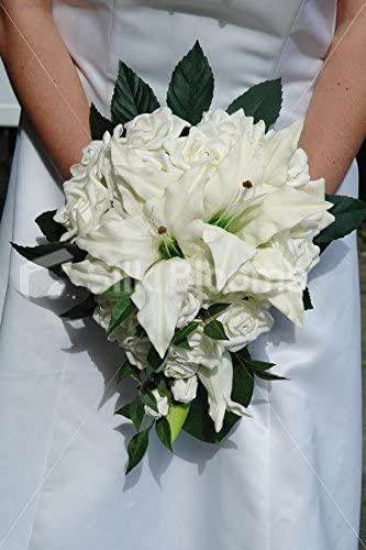 Amazon Com Silk Blooms Ltd Ivory Rose Real Touch Stargazer Lily