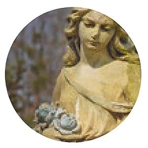 alfombrilla de ratón Añada la imagen de un ángel triste en un cementerio contra el backgroun - ronda - 20cm