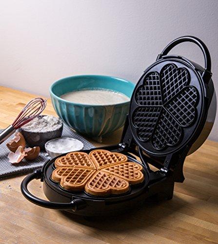 Cucina Pro Classic Heart Waffler