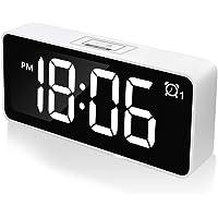"""Réveil Numérique CHEREEKI, Horloges à Del de 4,6"""" avec Port de Charge USB, Réveil réveil 12 / 24h, luminosité réglable, 25 musiques, Batterie de Secours pour la Chambre, Le Bureau et Les Voyages"""
