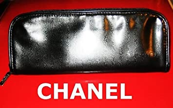 39f9e06db517 Amazon.com : CHANEL LEATHER UNISEX TRAVEL / COSMETIC / TOILETRY / MAKEUP  BEAUTY POUCH BAG : Makeup Travel Cases And Holders : Beauty