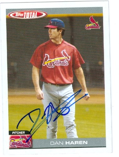 Autograph Warehouse 26504 Dan Haren Autographed Baseball Card 2004 Topps Total No. 726 St. Louis Cardinals - Los Angeles Angels All Star Pitcher - Rookie Card