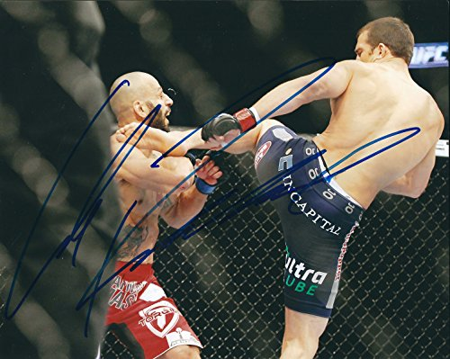 Autographed Luke Rockhold UFC MMA 8x10 Photo w/ COA