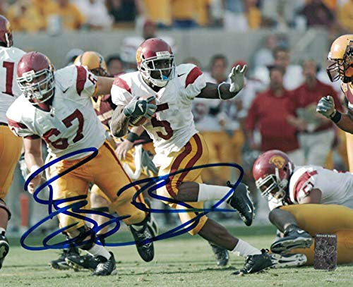 (Reggie Bush Autographed/Signed USC Trojans 8x10 Photo)