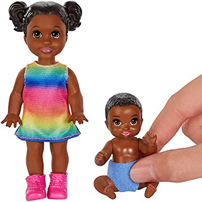 Barbie Skipper Babysitters Inc. Dolls, 2 Pack of Sibling Dolls Includes Small Toddler Doll and Baby Doll Figure in Diaper, for 3 to 7 Year Olds: Toys & Games