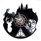 kidsroom design ideas Harry Potter and the Prizoner of Azkaban - Vinyl Record Hogwarts Wall Clock - Poster - Ornaments - Kidsroom wall decor - Gift ideas for boys and girls, children - Movie Unique Modern Wall Art Design