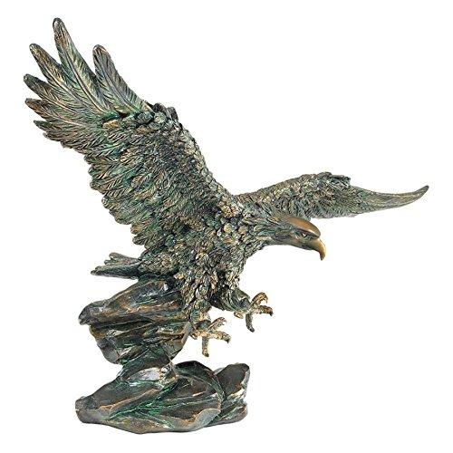 Design Toscano Victory's American Bald Eagle Patriotic Statue,