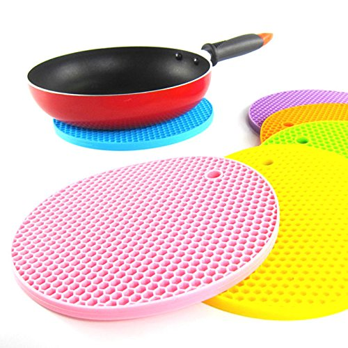 lariy-18cm-round-silicone-non-slip-heat-resistant-mat-coaster-cushionblue
