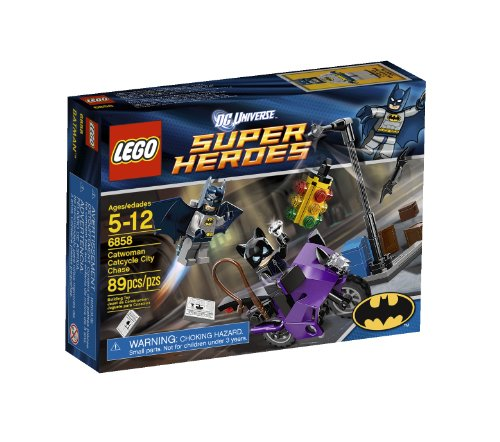 LEGO Super Heroes Catwoman Catcycle City Chase 6858]()