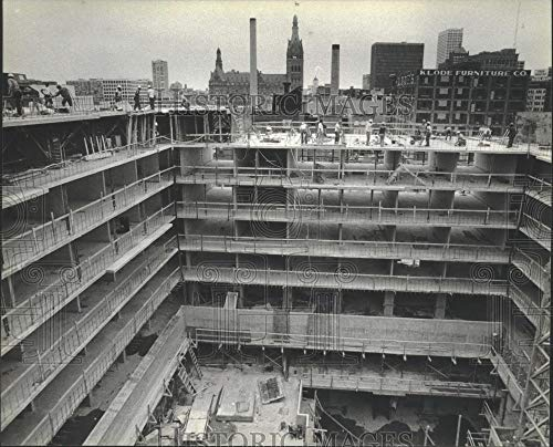 1979 Press Photo Construction of the Hyatt Regency Hotel, Milwaukee - mjb73368 - Historic Images