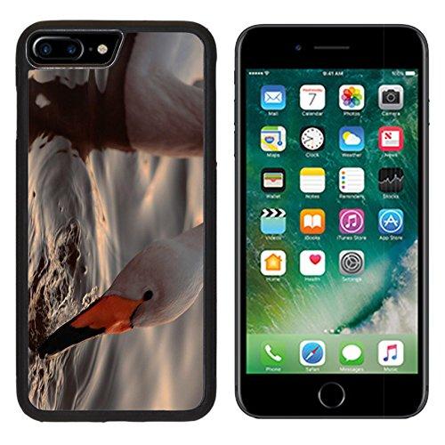 msd-premium-apple-iphone-7-plus-aluminum-backplate-bumper-snap-case-a-closeup-portrait-of-whooper-sw