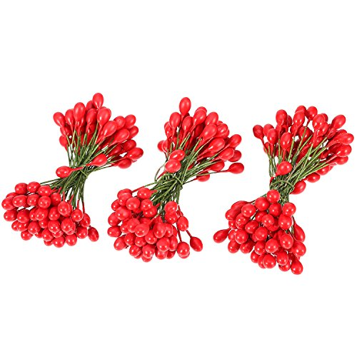 BBTO 300 Pieces Artificial Holly Christmas Fake Berries on 150 Wire Stems for Christmas Tree Decorations Wreath Craft Use Wedding Party Favor