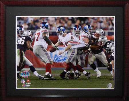 ed Steiner Framed Photo-16x20 (Eli Manning Autographed 16x20 Photo)