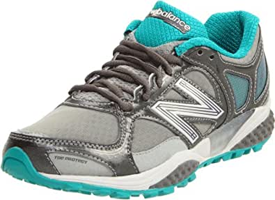 New Balance Women's WT1110 Trail Running Shoe,Grey/Green,6.5 B US