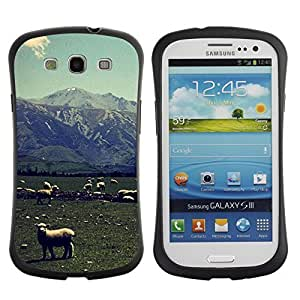 Hybrid Anti-Shock Bumper Case for Samsung Galaxy S3 / Lambs On A Field