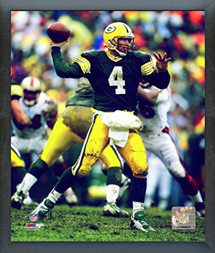 Brett Favre Green Bay Packers Action Photo (Size: 12