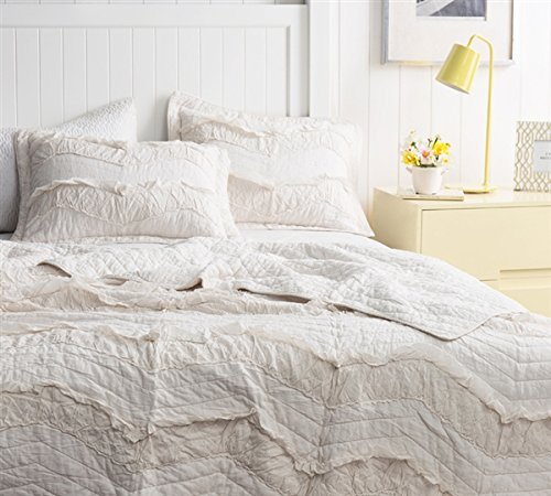 - Byourbed BYB Jet Stream Relaxin' Chevron Ruffles Quilt - Single Tone - Queenl (Includes 2 Standard Shams)