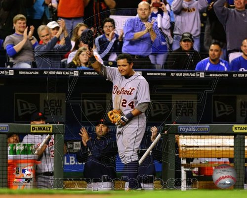 Miguel Games Cabrera (Miguel Cabrera Detroit Tigers 2012 AL Triple Crown Celebration Photo 8x10)